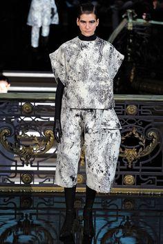 John Galliano Fall 2013 Ready-to-Wear Collection Photos - Vogue