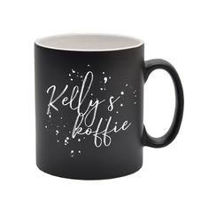 Ben je op zoek naar een leuk cadeau voor moederdag? Uit deze witte gepersonaliseerde mok wil iedere moeder wel een lekkere kop koffie drinken bij het ontbijt op bed. Geef in het bestelformulier de gewenste naam door dan passen we het ontwerp voor je op maat aan. Nadat je je bestelling geplaatst hebt gaan we zo snel mogelijk voor je aan de slag en maken we een digitale proefdruk voor je zodat je van te voren weet hoe de mok met jouw naam eruit komt te zien. Deze sturen we je per email door…