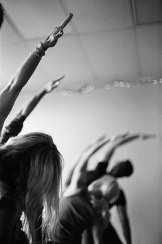 UOGoals: Be more flexible. Yoga Pictures, Yoga Photos, Zen, Namaste, Pure Yoga, Yoga Photography, Beautiful Yoga, Pranayama, Yoga Meditation