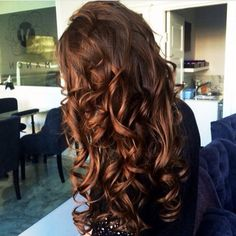Beautiful color and perfect curls!