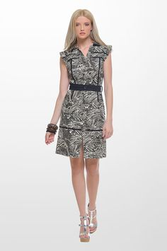 Sarah Lawrence - sleeveless printed dress with belt and black trimming. 7cf2d28db13