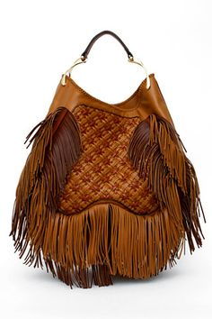 Alexander McQueen - a bit over the top but eye catching......#handbags #style