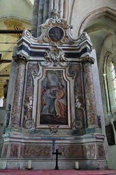 Autel baroque (XVIIe), basilique Notre-Dame de Valère (XIIe-XIIIe siècles), colline de Valère, Sion, canton du Valais, Suisse.