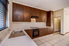 2 Bedroom Apartment / flat for sale in Lonehill - 8 Sunset Road - P24-107908763 2 Bedroom Apartment, Dream Apartment, Sunset Road, Flats For Sale
