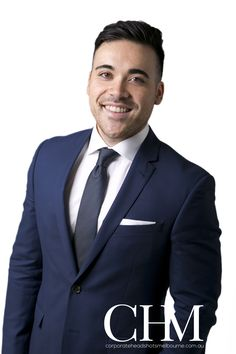 Real Estate Corporate Headshots, Ray White in South Bank have the nicest staff Business Headshots, Corporate Headshots, Linkedin Profile Photo, Social Media Training, Head Shots, Career Change, Senior Pictures, Mens Suits, Melbourne