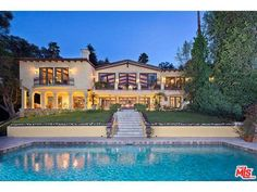 Photos, maps, description for 12753 Mulholland Drive, Beverly Hills, CA. Search homes for sale, get school district and neighborhood info for Beverly Hills, CA on Trulia—Delightfully Smart Real Estate Search.