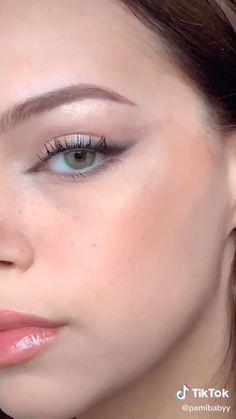 Edgy Makeup, Makeup Eye Looks, Eye Makeup Art, Natural Eye Makeup, Smokey Eye Makeup, Eyebrow Makeup, Skin Makeup, Eyeshadow Makeup, Small Eyes Makeup