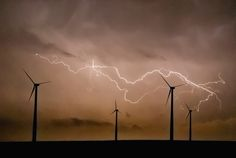 Severe thunderstorm with lightning approaches a wind farm near Dodge City, Kansas on March 18, 2012. Jim Reed, photographer.
