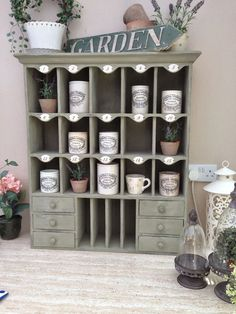 A place to show all the things I love to make for my miniature homes and my life size one too. Miniature Rooms, Miniature Furniture, Diy Dollhouse, Dollhouse Miniatures, Shabby Chic Shelves, Annie Sloan Paints, Take Better Photos, Miniture Things, Small World