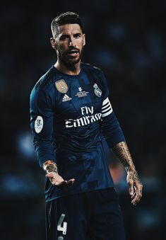 Sergio Ramos #realmadrid Lionel Messi, Messi Vs, Messi Soccer, Nike Soccer, Soccer Cleats, Real Madrid Cr7, Real Madrid Players, Real Madrid Football, Gareth Bale