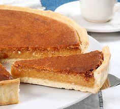 Tarte de Sintra Kinds Of Desserts, Cookie Desserts, Sweet Desserts, Portuguese Desserts, Portuguese Recipes, Portuguese Food, Tart Recipes, Sweet Recipes, Dessert Recipes