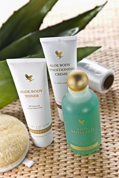 www.myaloevera.se/lena  Indulge yourself with an at-home body wrap designed to help trim, tone and tighten, minimizing the bumpy texture of cellulite.