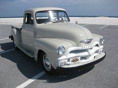 Chevrolet : Other Pickups Short Bed 1954 Chevrolet - http://www.legendaryfinds.com/chevrolet-other-pickups-short-bed-1954-chevrolet/