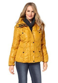 In Linea Firenze Steppjacke Winter Jackets, Fashion, Back Stitch, Jackets, Winter Coats, Moda, Winter Vest Outfits, Fasion