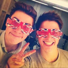 I need those! ...the glasses? No! The twins wearing them <3