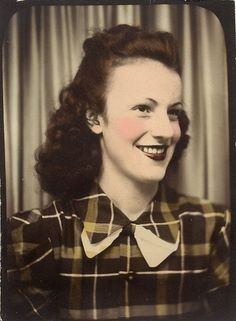 ~Vintage Photo Booth~  Fabulous young woman in plaid