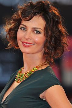 If you have fine to medium hair with a mix of waves and curls ..., 7 Best Haircuts for Curly Hair