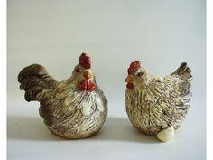 Kip en Haan zittend middel