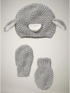 penguin hat and mitten set! on clearance!!