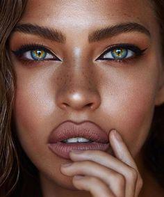 Pretty Eyes, Cool Eyes, Beauty Makeup, Hair Beauty, Makeup Eyes, Hair Makeup, Makeup Hairstyle, Eyebrow Makeup, Beauty Style