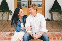 Magnolia Farmhouse, Waco TX … Chip & Joanna Gaines (hosts of Fixer Upper HGTV) purchased an old farmhouse and fixed it up to make it their family home.