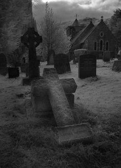 Gothic Cemetery                                                                                                                                                                                 Más