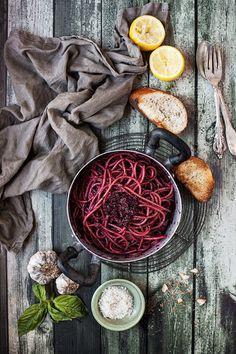 spaghetti with beet pesto #vegetarian #recipe