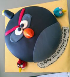 Zairie Halal Homemade Cakes: Black Angry bird cake ordered by my friend Teama. Tqvm