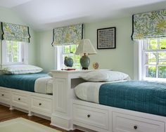 Idea for bedding color to go with light green