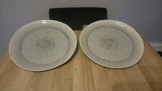 A set of two Scandinavian porcelain serving platters As new condition, unused. In a beautiful grey / green tone. Serving Platters, Green And Grey, Scandinavian, My Etsy Shop, Tray, Porcelain, Plates, Antiques, Tableware