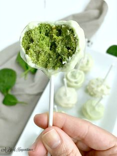These fun and easy to make cake pops use wholesome ingredients that even your kids will enjoy! This dessert recipe is perfect for Mother's Day or Easter. These green cake pops are SCD and Paleo friendly. They're gluten free, grain free, da Vanilla Cake Pop Recipe, Healthy Cake Pops, Whole Food Recipes, Dessert Recipes, Scd Recipes, Easter Recipes, Green Cake, Cake Pops How To Make, Dairy Free