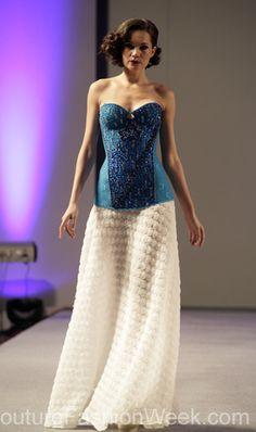#moteuke #vakker #model #kjole #kvinne #stil #mote #couture #designer #AndresAquino