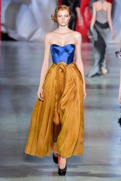 Outfit (Ulyana Sergeenko) || Scale: 4.5
