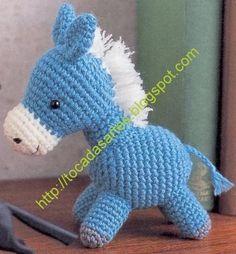 Quem se aventura a fazer este lindo cavalhinho em crochê.       Download