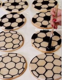 You'll be the coolest mom on the field with a tray of these soccer ball sugar cookies!