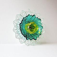 Yard Art Garden Decor Suncatcher Flower Reclaimed Material Mothers Day Gift Idea CALLIA Repuposed Glass