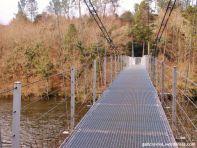 Puente colgante de Xirimbao sobre el río Ulla, que conecta los concellos de Teo (A Coruña) y A Estrada (Pontevedra)