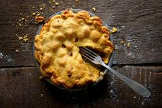 Our best healthy apple recipes.not all are desserts. Peach Pie Recipes, Apple Recipes, Frozen Pastry, Breakfast Recipes, Dessert Recipes, Healthy Desserts, Healthy Foods, Holiday Pies, Best Pie