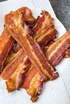 PERFECT Baked Bacon – EASY and crispy every time. This is the best way to cook bacon. So much better frying! Recipe at wellplated.com | @wellplated
