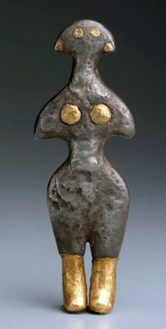 Figurine of Goddess from Anatolian - from early Bronze Age, circa 2500–2300 BCE n