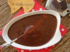 Çikolata soslarını hazır kullanmak istemeyenlere kıvamı tam ölçüsü tam halis muhlis çikolata sosu tarifi...