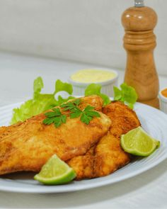 Air Fryer Tilapia is low in carbs and packed with protein & flavor. It's one of the easiest foods you can make in an air fryer for lunch, brunch, & dinner. Air Fryer Dinner Recipes, Air Fryer Recipes Easy, Easy Healthy Recipes, Easy Meals, Air Fryer Tilapia Recipe, Ground Beef Crockpot Recipes, Tilapia Recipes, Dinner Menu, Food Porn