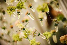 Decoruri florale pentru evenimente, vitrine si magazine - Livada cu visinisiPaula Moldovan Dandelion, Floral, Flowers, Plants, Dandelions, Plant, Taraxacum Officinale, Royal Icing Flowers, Flower