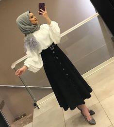 Stylish Hijab, Modest Fashion Hijab, Modern Hijab Fashion, Muslim Women Fashion, Hijab Fashion Inspiration, Hijab Chic, Fashion Outfits, Hijab Dress, Hijab Outfit