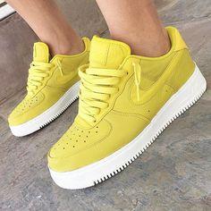 dc5e96bf1c Boutiques de tenis en Ciudad de México. Zapatos Nike MujerCalzado HombreRopa  ...