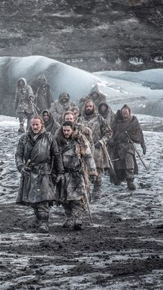 Beyond the wall team. Jorah, jon, beric, thoros and sandor Game Of Thrones Pictures, Game Of Thrones Funny, Game Of Thrones Art, Winter Is Here, Winter Is Coming, Mormont Game Of Thrones, Game Of Thorns, Lord Knight, O Film