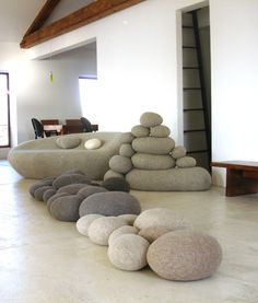 This is cool... ROCK PILLOWS I want. http://pebble-pillows.com