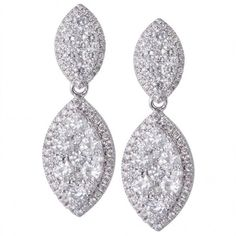 Pre-owned 18K White Gold Hanging Diamond Earrings (110,910 EGP) ❤ liked on Polyvore featuring jewelry, earrings, jew, diamond jewellery, pre owned jewelry, diamond cluster earrings, pave diamond earrings and earring jewelry