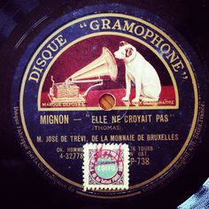 78rpm vintage records by www.mr-cup.com..i have a few of these and gramaphone ...laughing policeman is my favourite of my  greatgrandparents collection.