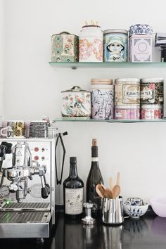 I need to set my Vitamix up like this & put all my protein powders & oats on shelves like these in pretty canisters!!!!